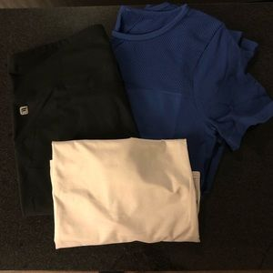 Fabletics leggings and 2 tops size M and S